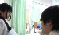 見舞いに来た若者を誘惑→病室で立ったままハメさせるドスケベ痴女ナース