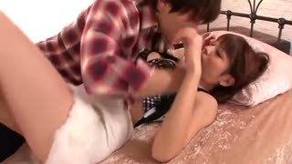 桐谷ユリアちゃんが激ピストン喰らって綺麗な顔をゆがめてアクメイキ
